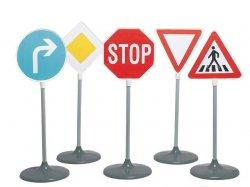Помним о правилах дорожного движения в дороге