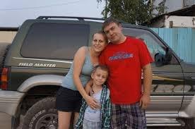 Что должно находиться в автомобиле во время семейного путешествия